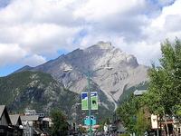 800px Banff Avenue   Cascade Mountain