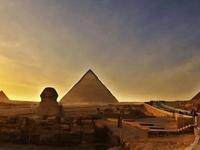 Giza Pyramids .