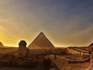 Tour to Giza Pyramids and the National Museum Photos