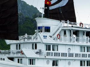 Tour HaNoi - Halong Bay Promotion Photos