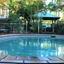 Mb Pool 4