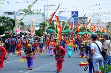 The Colourful And Lively Kadsagayan Parade During Kalilangan