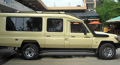 4x4 Safari Landcruiser Ugan