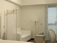 Luxury White Suite
