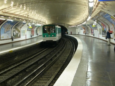 Line 12 Platforms At Lamarck - Caulaincourt