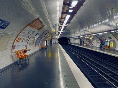 Line 5 Platforms At Ourcq
