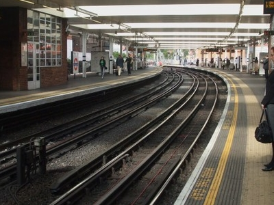 Looking North Along The Jubilee Line Platforms