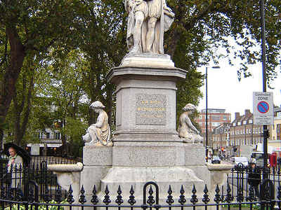 Statue Of Sir Hugh Myddleton