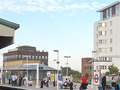 East Putney Underground Station Platforms