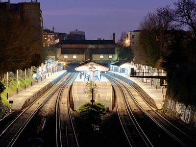 Putney Railway Station's Four Platforms