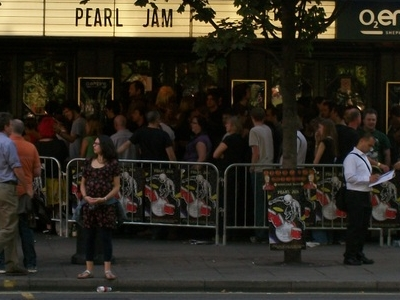 Queue For Pearl Jam At The Empire