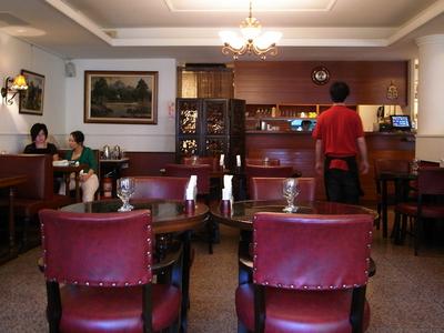 Cafe  Astoria  Taipei  Inside