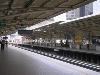 Masjid Jamek Station - Platform