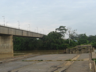 Old Temerloh Bridge Damaged