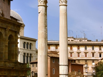 The 3 Re-erected Columns