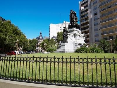 Carlos Pellegrini Square