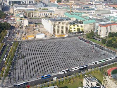 Ebertstraße With Reichstag