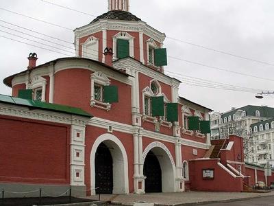 The Naryshkin Baroque Barbican Church