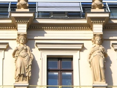 Palais Ephrussi Windows
