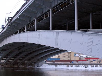 Bolshoy Krasnokholmsky Bridge Close View