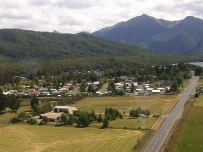 Manapouri  Above