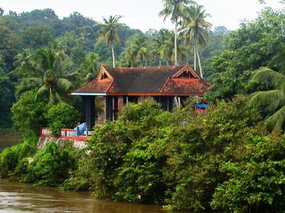 Thazhoor Bhagavathy Kshetram Temple On The Banks Of River Achankovil - View From Thazhoor Bridge