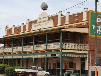 The Commercial Hotel At Barellan
