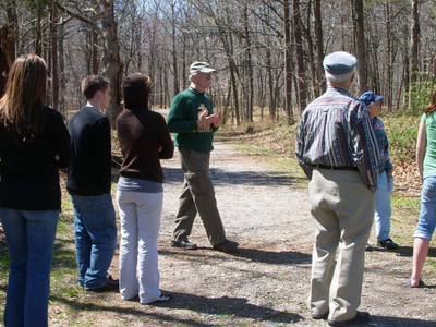 Local Battlefield Guide Conducts A Tour At The Ball's Bluff