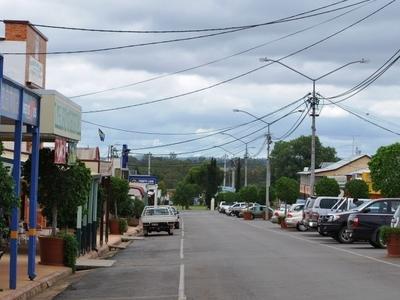 Lyons St In Mundubbera