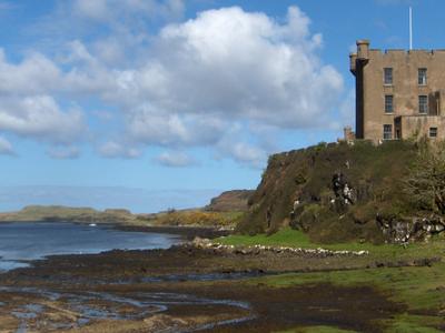 Skye  Dunvegan Castle  Mac Leod