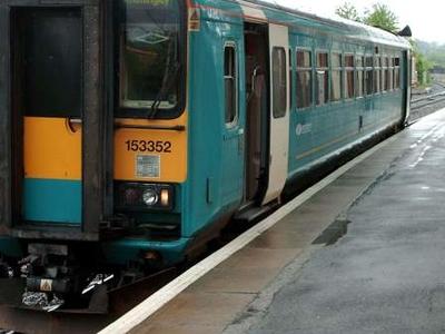 153352 DMU At Wakefield Kirkgate Platform Three