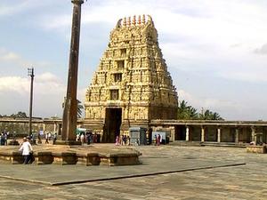 Stone Marvels Trail to Belur, Halebid & Shravanabelagola Photos