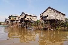 Kompong Khleang Stilted Houses 4 700pixel