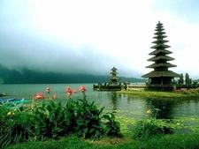 Lake Beratan Temple