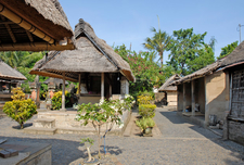 Batuan Traditional Balinese House Mari Bali Tours 9