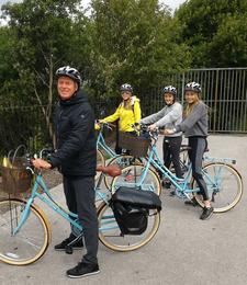 Glasgow Bike Tours 4 On Bikes Spiers Wharf Cropped