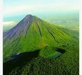 2 Volcanoes Chato Y Arenal