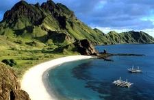 Sailing Pulau