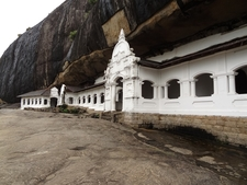 Dambulla Cave Temple 1447579377