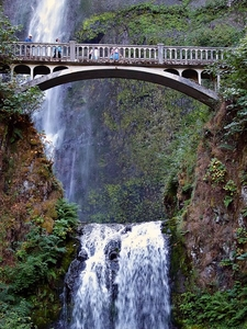 Multnomah Falls 6night Tour