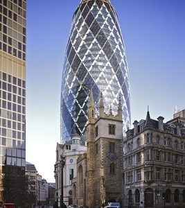30 St Mary Axe, With St Andrew Undershaft Church