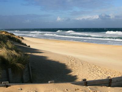 9 0 Mile Beach 0 2