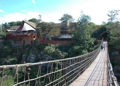 Abadares Bridge