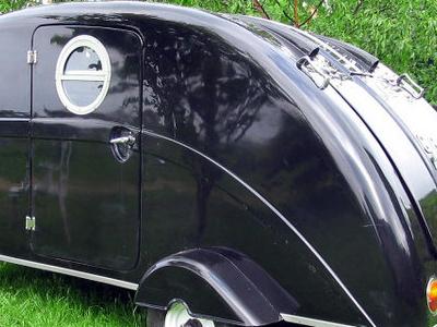 A Bakelite Caravan