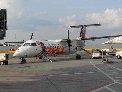 Air Canada Jazz Bombardier Dash 8