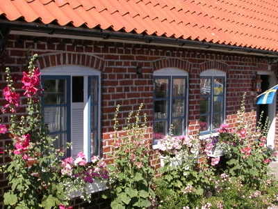 Classic Kivik Cottage