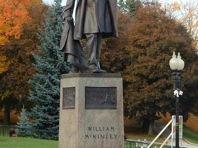 Adams   Mc Kinley  Statue