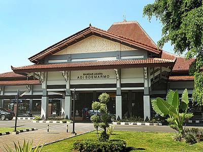 Adi Sumarmo International Airport