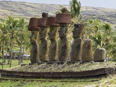 Ahu Nau Nau - Anakena Beach - Easter Island