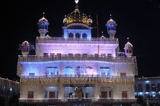 Akal Takht Illuminated On Guru Nanak Gurpurab